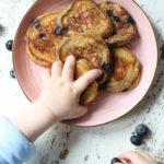 Panqueques de proteínas de cereales para bebés BLW | Desayuno alto en hierro para niños pequeños