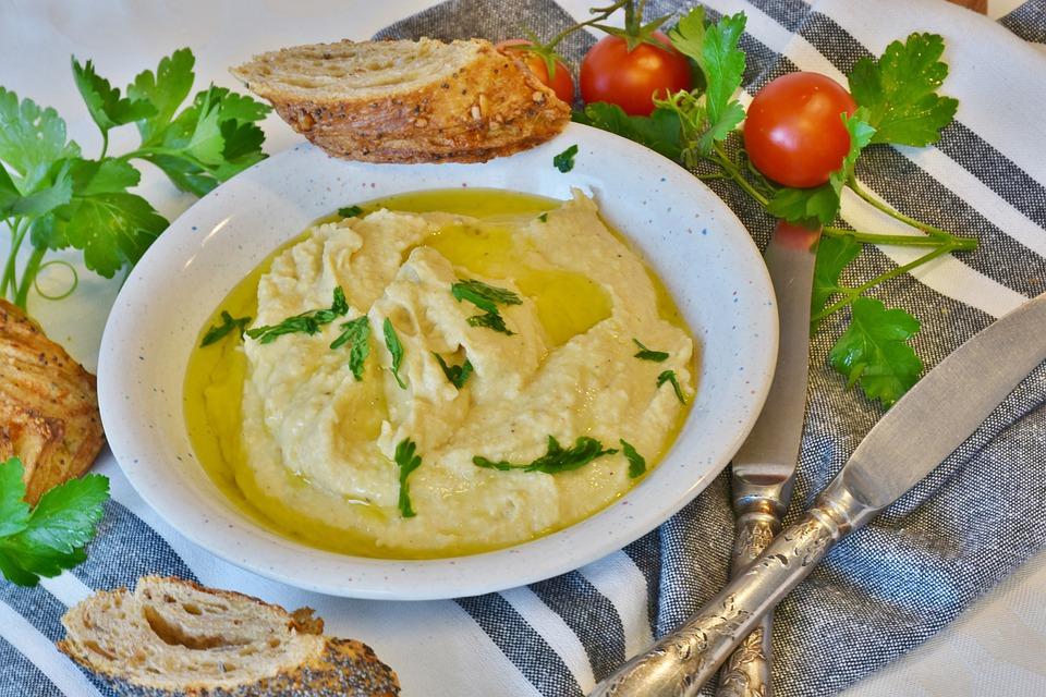 Hummus para bebés y niños, ¡de garbanzos!
