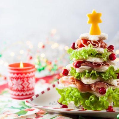 sandwiches navideños para niños con forma de árbol de navidad