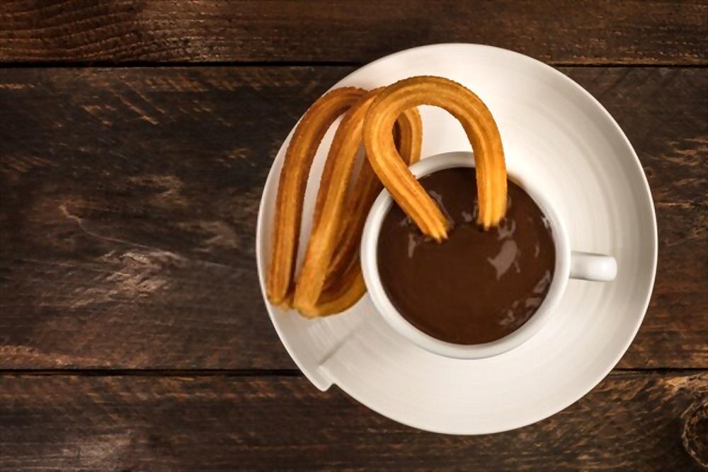 Churros con chocolate |  🇪🇸 Receta tradicional Española