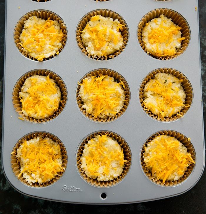 Receta de muffins de coliflor y queso