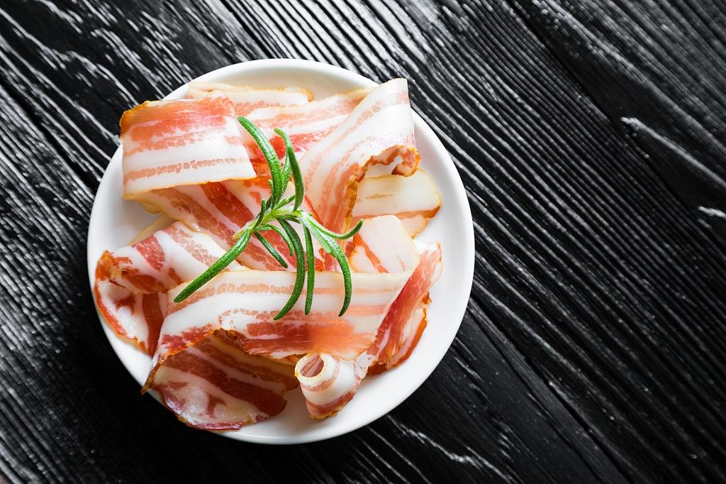 Panceta Casera | ¡Delicioso tocino curado salado!