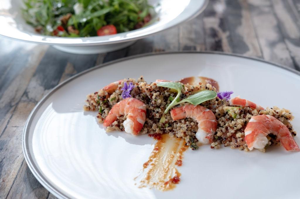 Quinoa con verduras y gambas | Receta Deliciosa