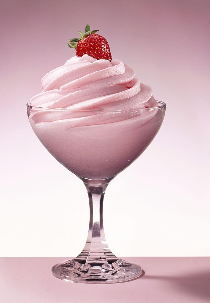 Mousse de fresa sin nata y sin gelatina