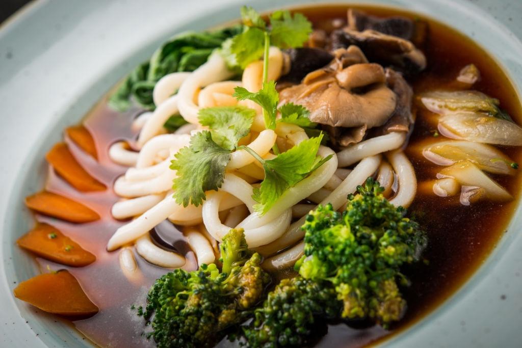 Ⓥ Ramen Vegano 🎎 ¡con Shiitake 🍄 & Brócoli 🥦!