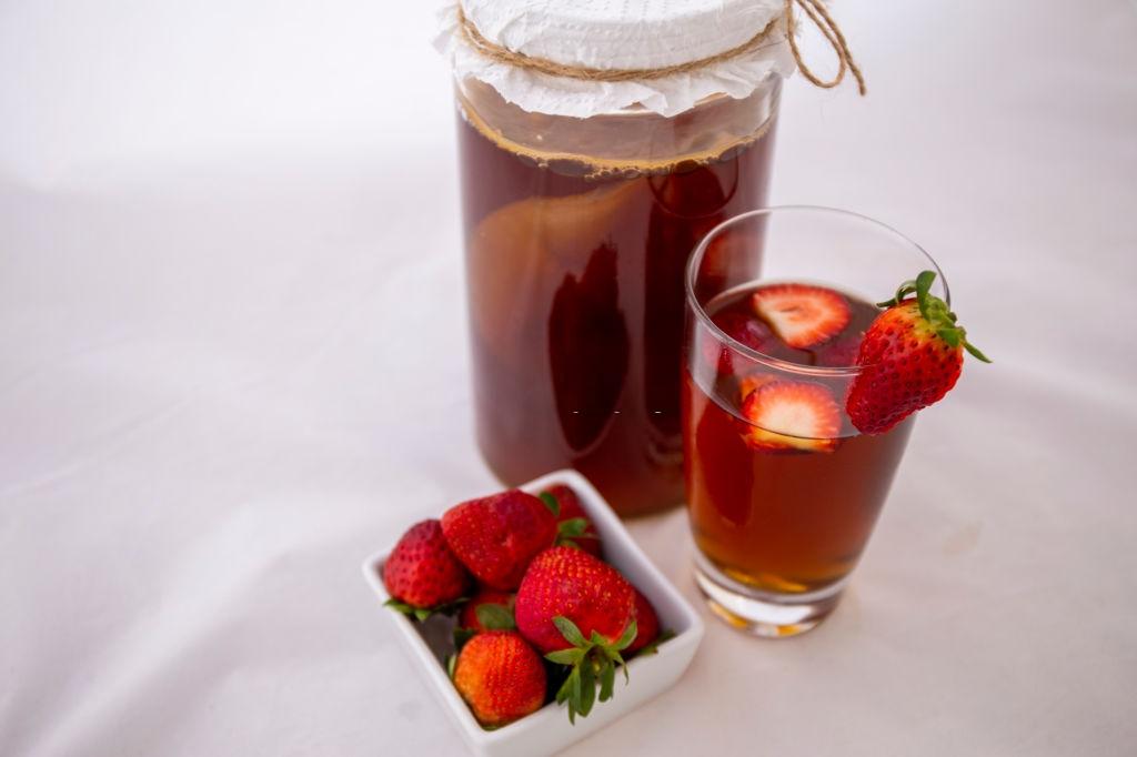receta kombucha fresas y limón