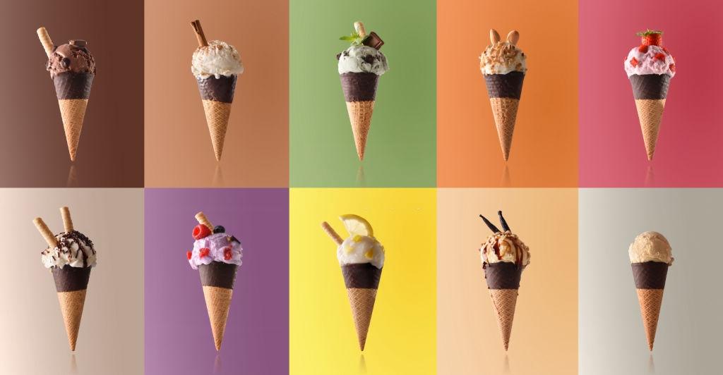 cucuruchos de helado con cobertura de chocolate
