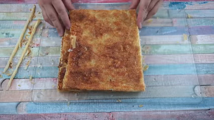 Igualar láminas de hojaldre para glaseado de merengue