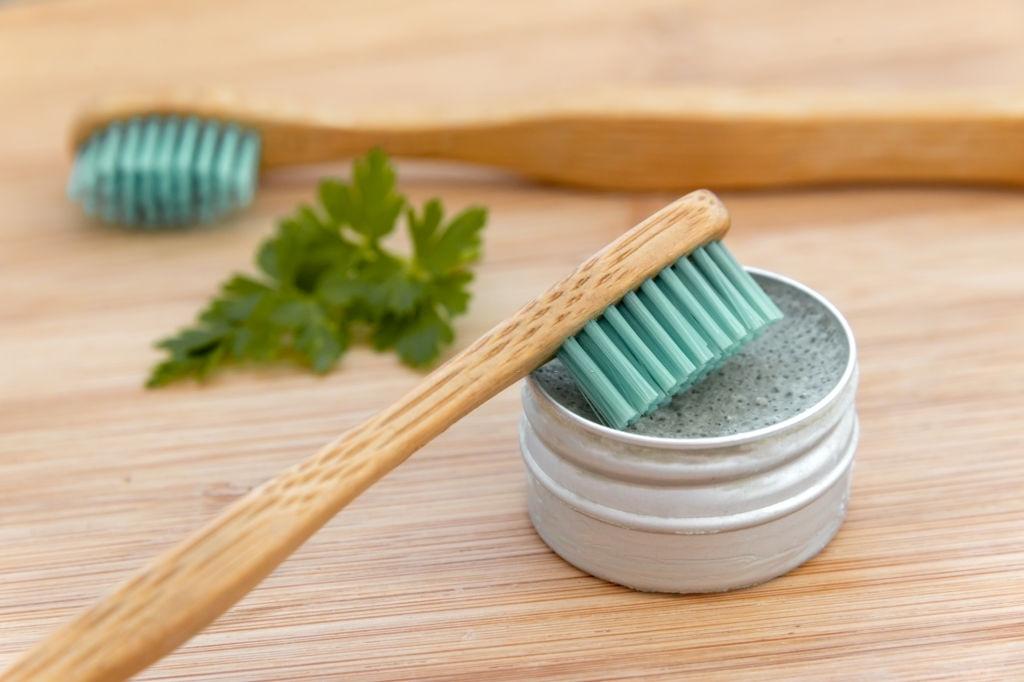 pasta de dientes natural