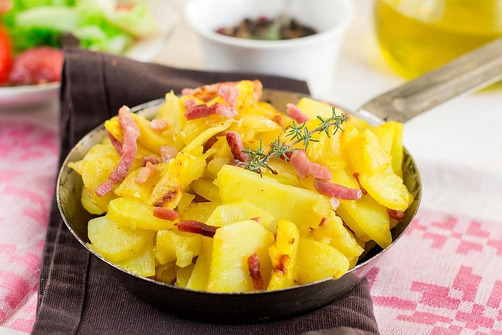 Patatas al microondas con bacon