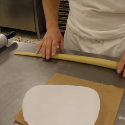 Preparar anguila de mazapán-cola