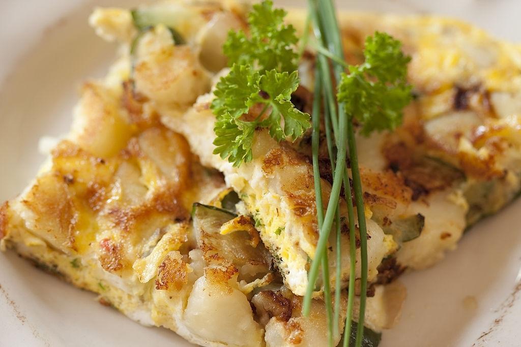 Tortilla de patatas y calabacín