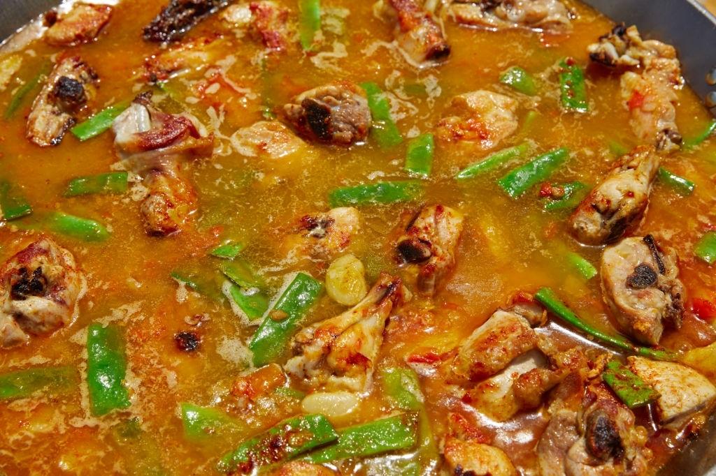 caldo de paella valenciana