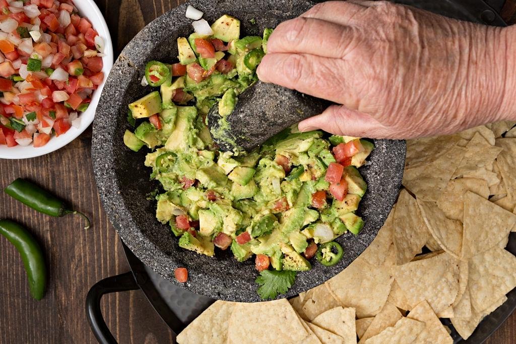 como hacer guacamole mexicano