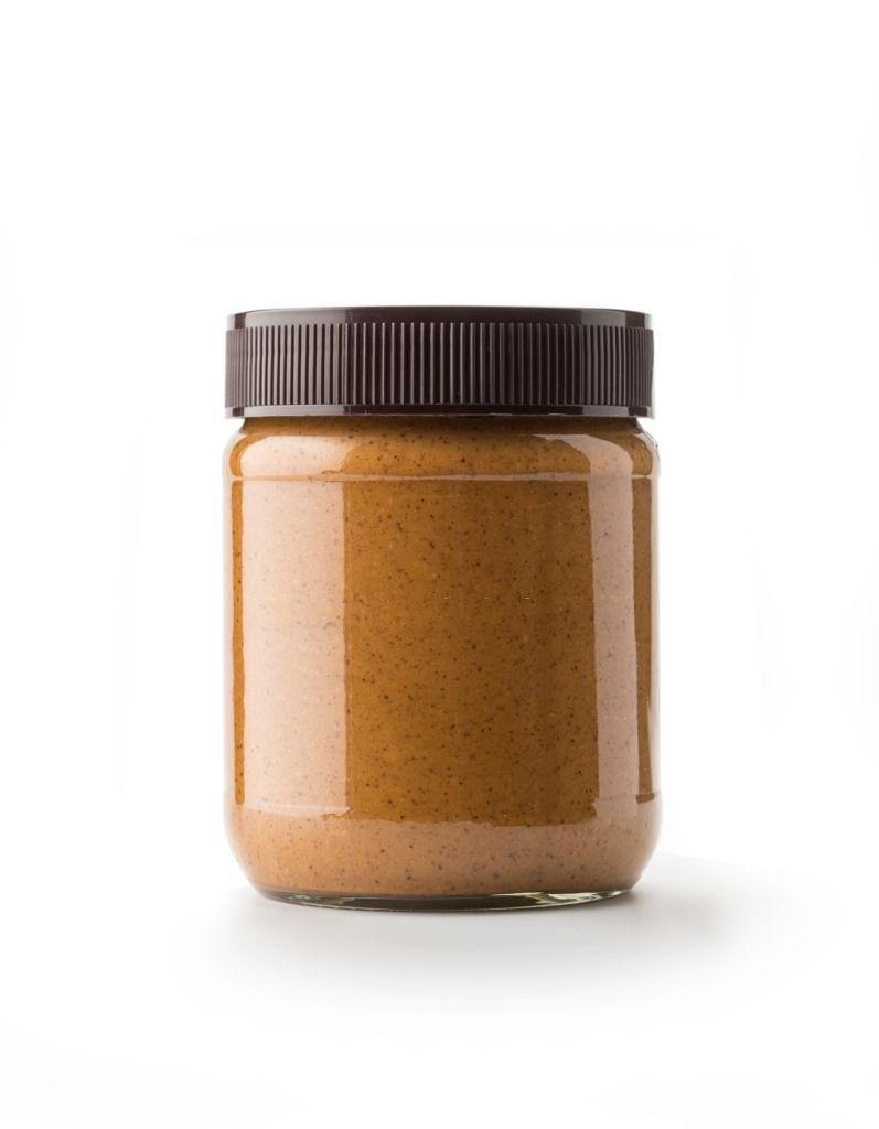 Así se debe conservar la mantequilla de cacahuete después de elaborarla para evitar que se seque o enmohezca.