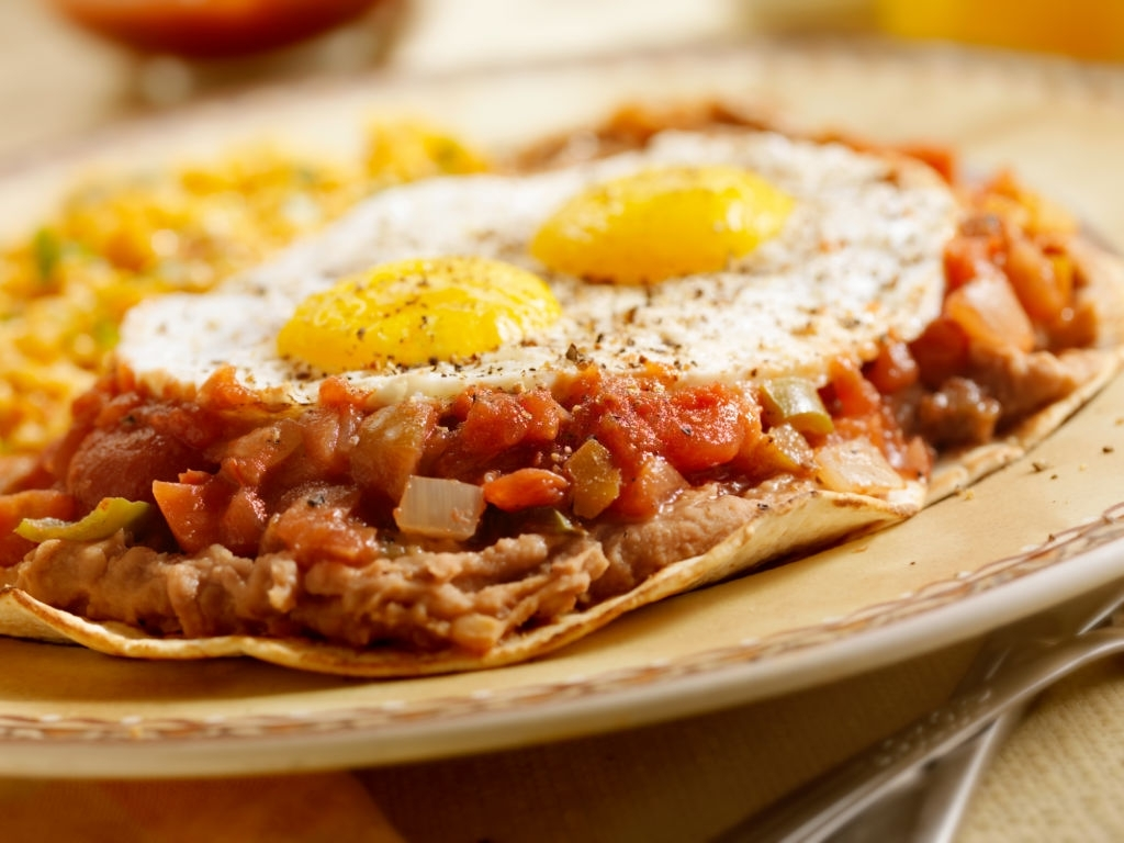 desayuno mexicano huevos rancheros