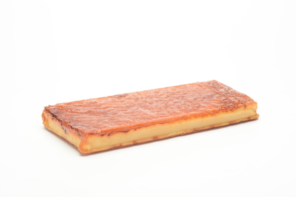 turrón de yema con azúcar tostado