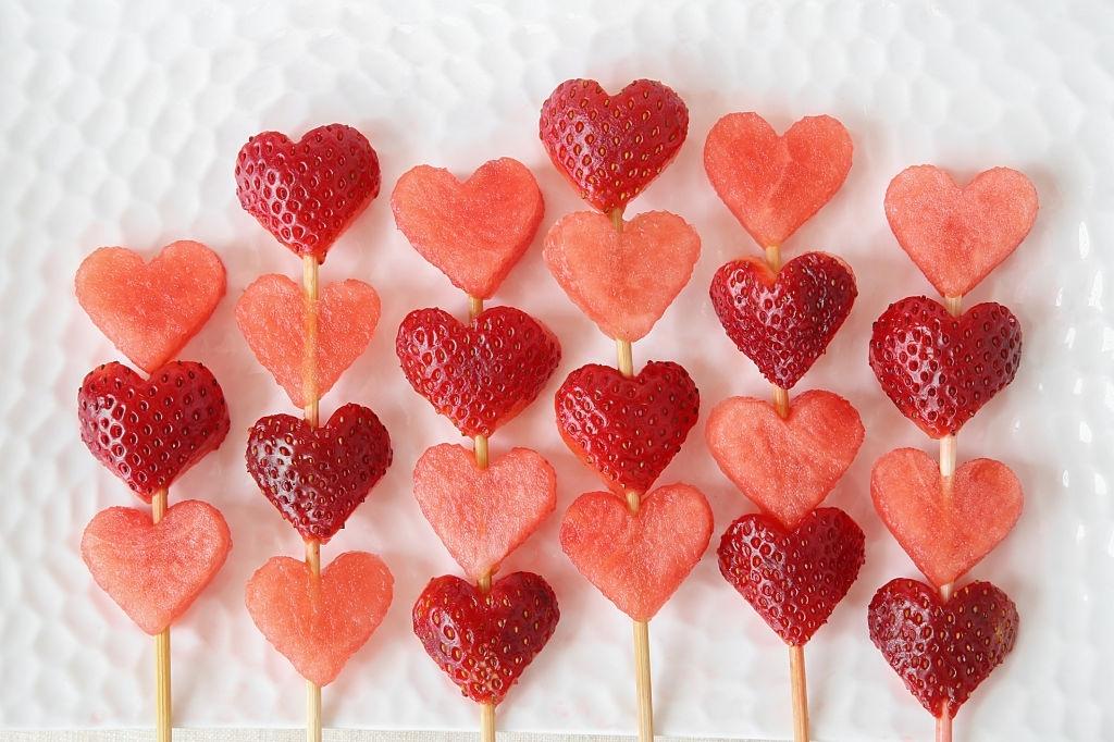 desayuno con frutas san valentin