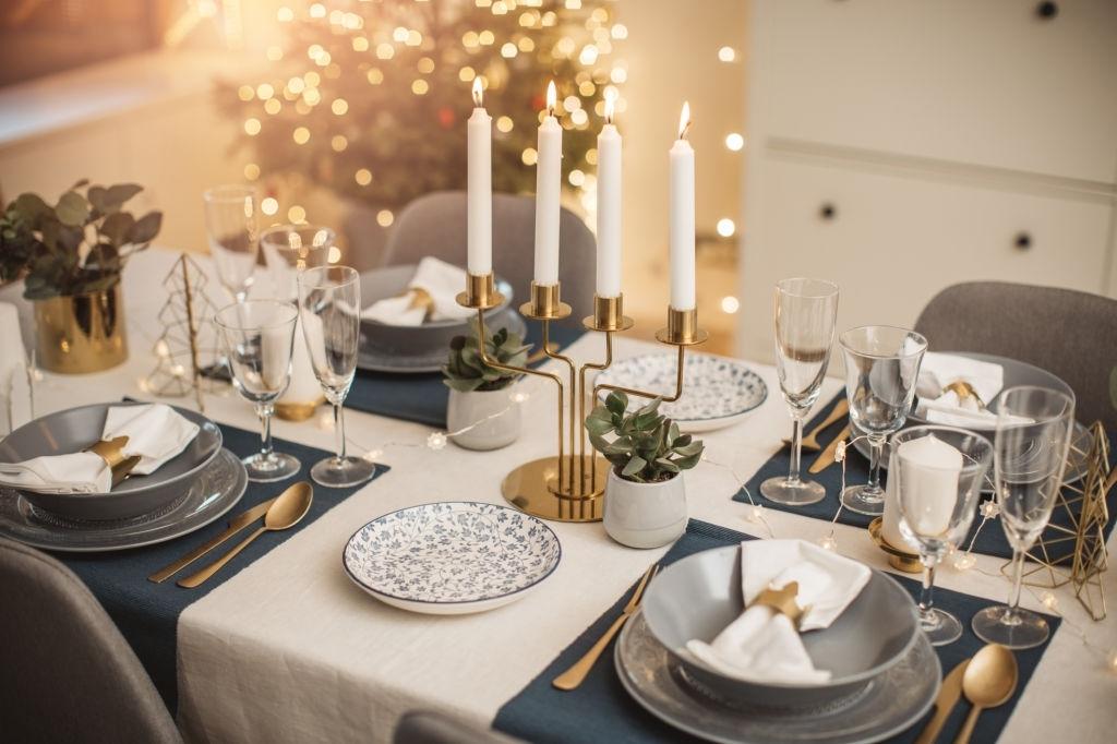 decoración clasica mesa navidad