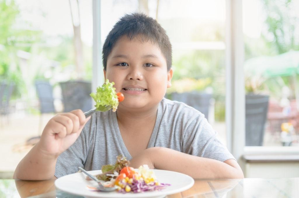 mejores alimentos para niños con sobrepeso