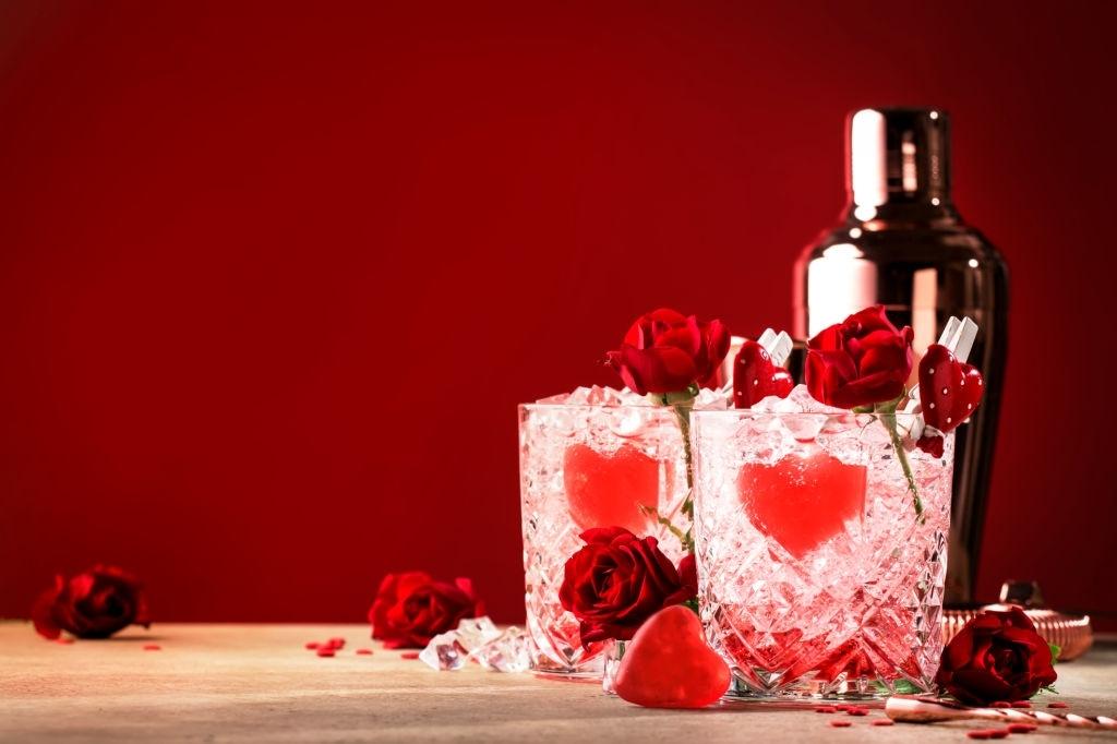 Bebidas para San Valentín 2021: cócteles, chupitos, licores, batidos e infusiones