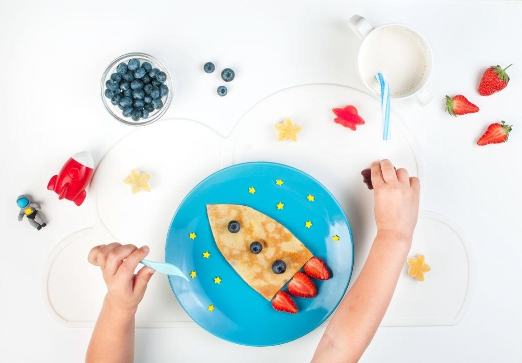 desayuno con forma de cohete