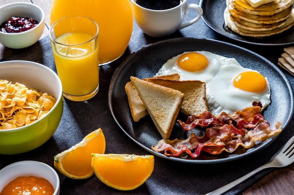 Desayuno americano | 🇺🇸 ¡FÁCIL y Rápido! Receta Casera
