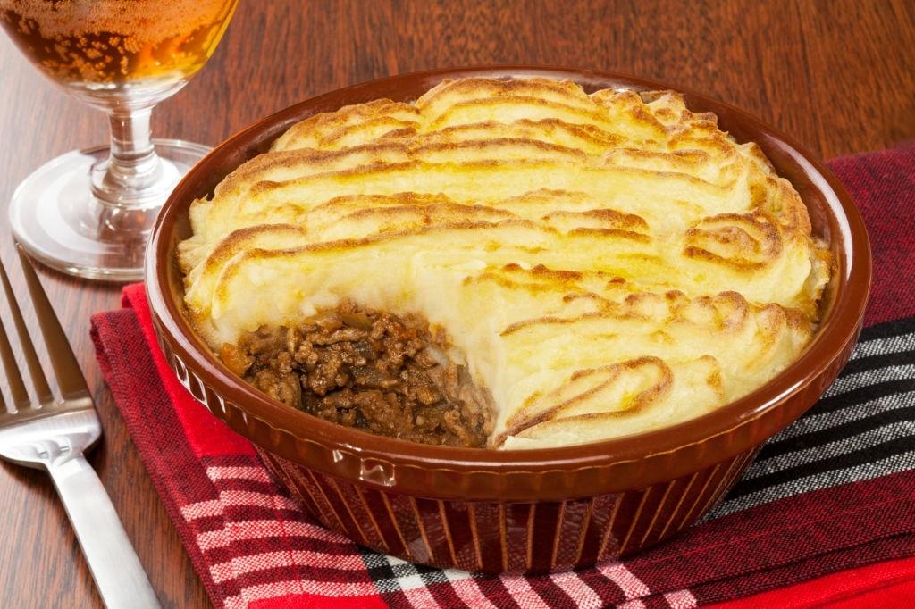 Pastel de carne picada y puré de patatas
