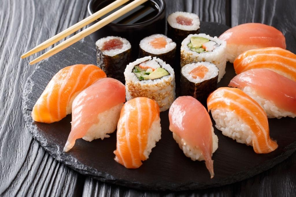 Sushi japonés