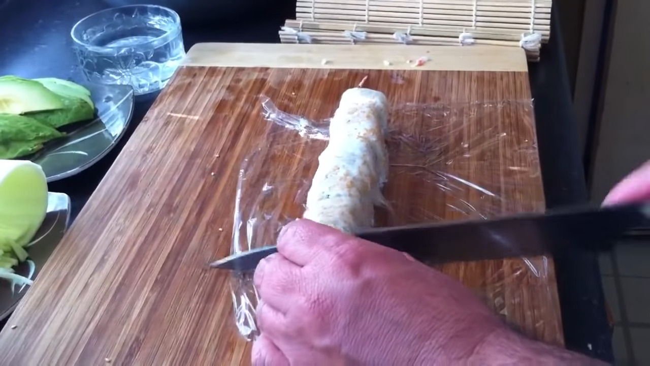 cortar california roll