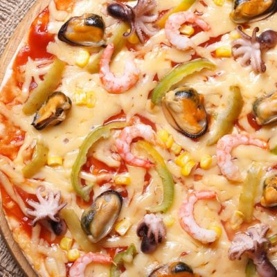 pizza italiana de marisco