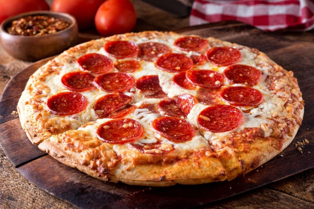 pizza pepperoni casera
