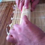 rollo california roll perfecto, aprieta por ambos lados y laterales.