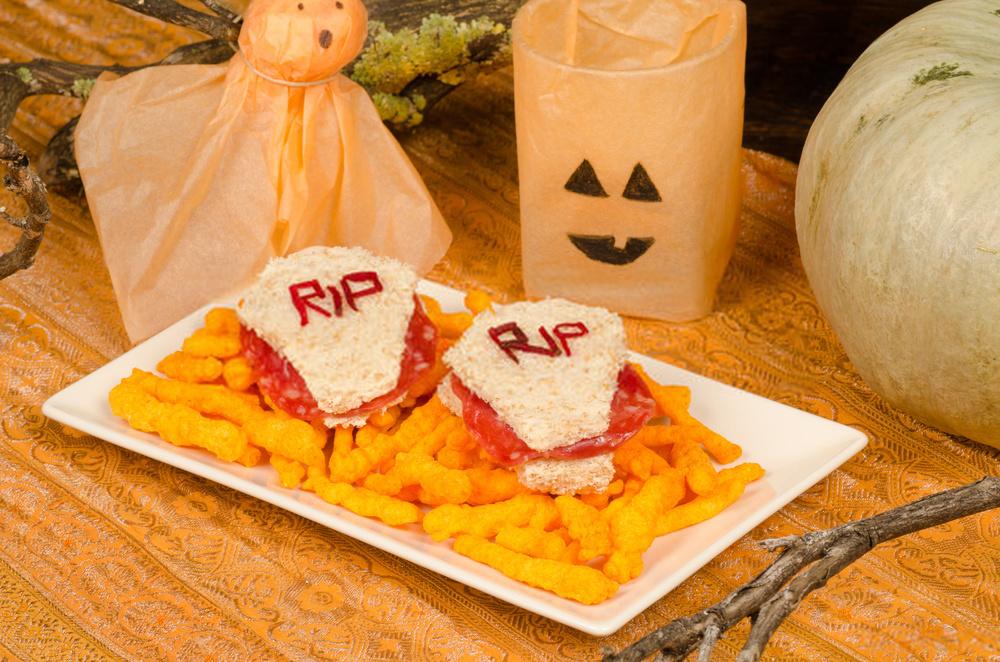 Bocadillos Halloween tumba