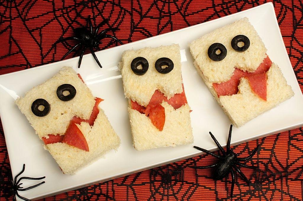 5 Bocadillos de Halloween   Bocatas Fáciles y Terroríficos