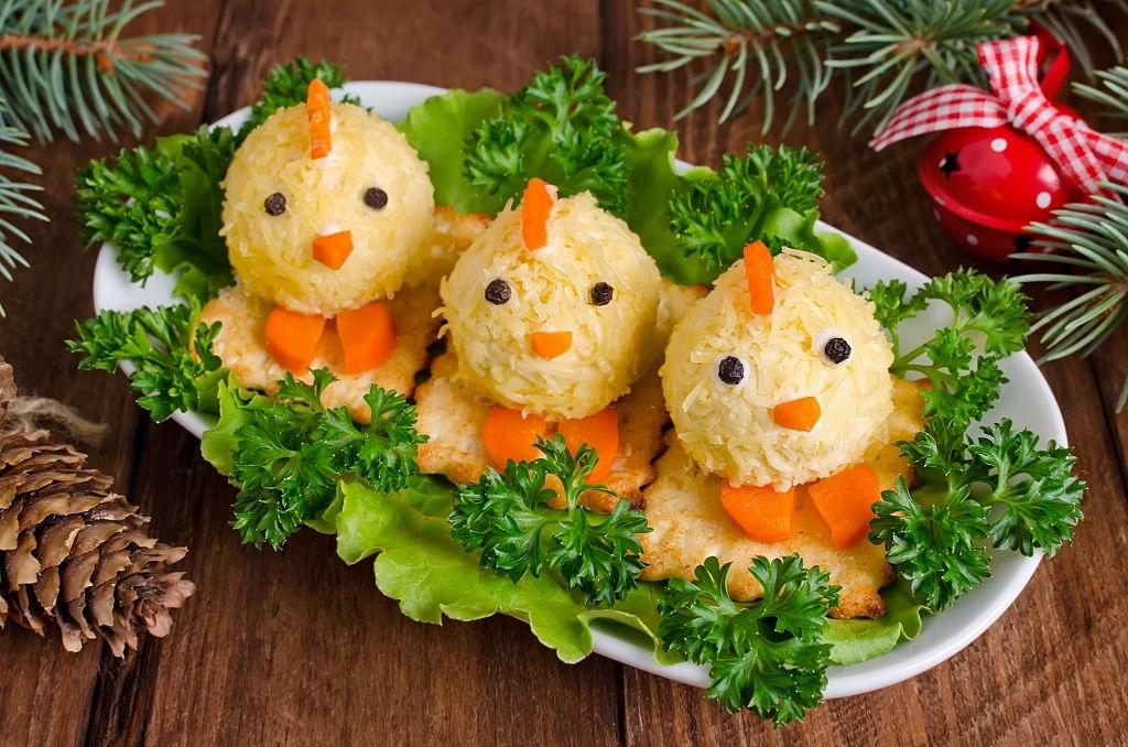 Canapés pollitos de huevo